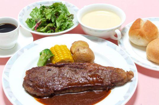 北海道十勝牛のステーキセット